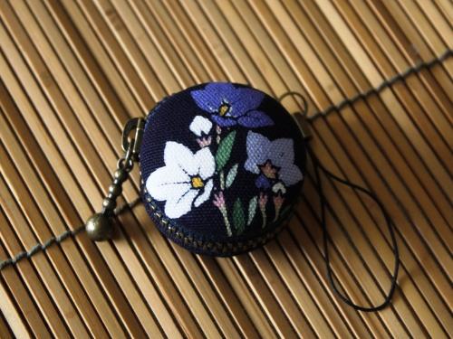 藍染マカロンコインケース 桔梗(キキョウ)