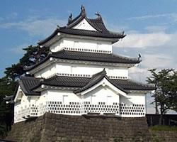お城(新発田城、あやめ城)
